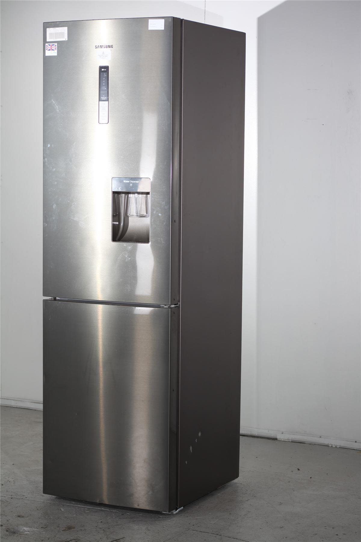 Samsung Fridge Freezer Amp Water Dispenser Rl58gpeih